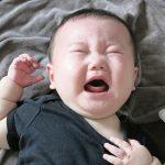 【怒り】6か月の我が子を抱いて離さないトメに…私「もうベッド寝かせてあげてください。ぐったりしてます」と手を出したら叩かれた!→私は条件反射でトメにビンタ!すると・・・
