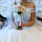姉のドレス選びで。姉『このドレス可愛い!これにしようかな^^』婚約者妹「それって私の方が絶対似合うと思う!www」→すると・・・・・・・・・・・